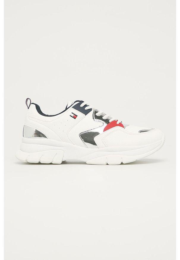 Białe buty sportowe TOMMY HILFIGER na sznurówki, z okrągłym noskiem