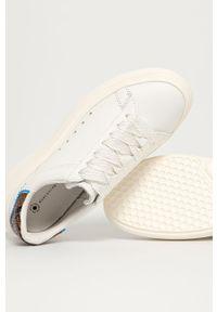 Białe sneakersy MOA Concept z cholewką, z okrągłym noskiem, na obcasie, na średnim obcasie