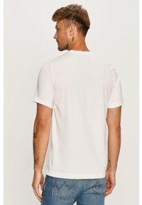 Biały t-shirt Nike Sportswear z nadrukiem, na co dzień, casualowy