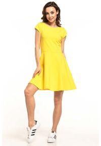 Żółta sukienka rozkloszowana Tessita na lato