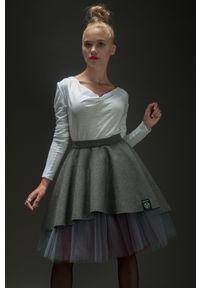 Spódnica Hultaj Polski krótka, w kolorowe wzory