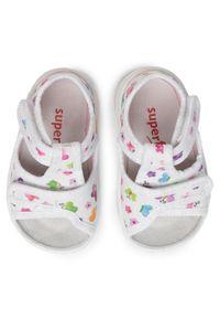 Białe sandały Superfit na lato