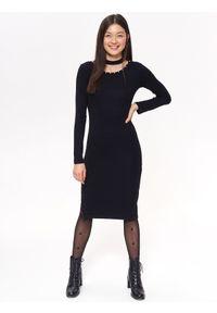 Czarna sukienka TROLL z aplikacjami, z krótkim rękawem