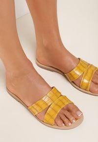 Renee - Żółte Klapki Thanelos. Kolor: żółty