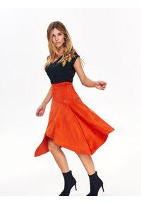 Pomarańczowa spódnica TOP SECRET długa, w kolorowe wzory, elegancka