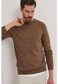 Selected - Sweter. Kolor: brązowy. Materiał: materiał. Długość rękawa: długi rękaw. Długość: długie