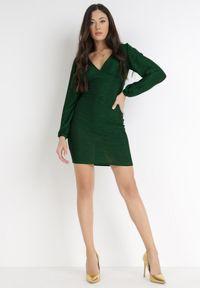Born2be - Ciemnozielona Sukienka Alcona. Typ kołnierza: dekolt w kształcie V. Kolor: zielony. Materiał: tkanina. Styl: wizytowy. Długość: mini