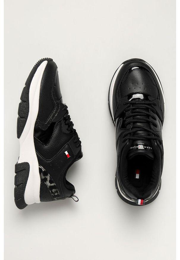 Czarne buty sportowe TOMMY HILFIGER na sznurówki, z cholewką