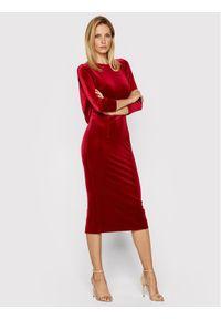 Czerwona sukienka wieczorowa