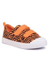 Clarks - Trampki CLARKS - City Bright T 261490997 Tiger Print. Okazja: na spacer. Zapięcie: rzepy. Kolor: pomarańczowy. Materiał: materiał. Szerokość cholewki: normalna. Wzór: nadruk