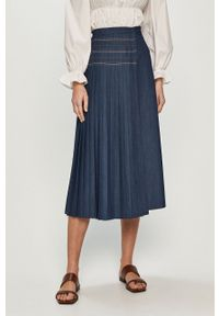 Niebieska spódnica z aplikacjami, na co dzień