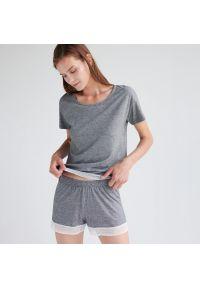 Reserved - Piżama z szortami z bawełny organicznej - Czarny. Kolor: czarny. Materiał: bawełna