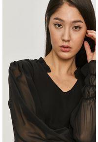 Answear Lab - Sukienka. Kolor: czarny. Materiał: materiał. Długość rękawa: długi rękaw. Styl: wakacyjny