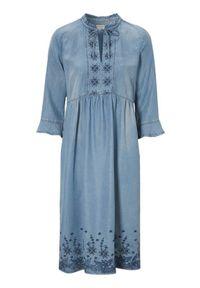 Niebieska sukienka Cream z haftami