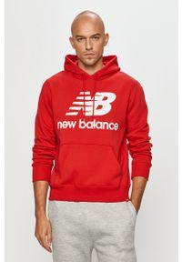 Czerwona bluza nierozpinana New Balance z kapturem, casualowa