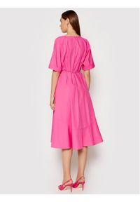 Imperial Sukienka codzienna ABTWBGV Różowy Regular Fit. Okazja: na co dzień. Kolor: różowy. Typ sukienki: proste. Styl: casual