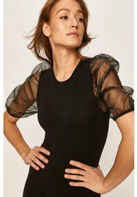 Czarna sukienka Answear Lab wakacyjna, mini