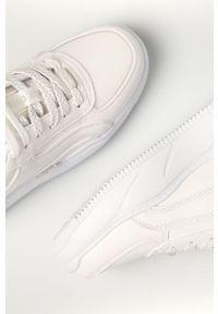 Białe sneakersy Buffalo na średnim obcasie, z okrągłym noskiem #4