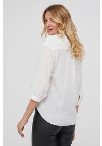 Answear Lab - Koszula bawełniana. Typ kołnierza: kołnierzyk stójkowy. Kolor: biały. Materiał: bawełna. Długość rękawa: długi rękaw. Długość: długie. Wzór: haft. Styl: wakacyjny