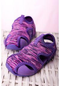 Fioletowe sandały Casu na rzepy