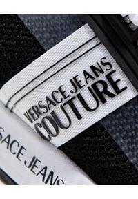 Versace Jeans Couture - VERSACE JEANS COUTURE - Męskie sneakersy w kolorze czarnym. Nosek buta: okrągły. Zapięcie: sznurówki. Kolor: czarny