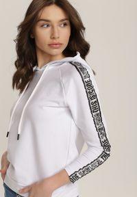 Biała bluza z kapturem Renee