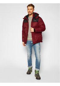Czerwona kurtka zimowa Levi's®