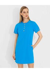 Pinko - PINKO - Niebieska mini sukienka z perłami Flebile. Kolor: niebieski. Wzór: aplikacja. Sezon: wiosna. Styl: elegancki. Długość: mini