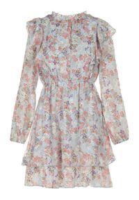 Born2be - Jasnoniebieska Sukienka Arethusei. Typ kołnierza: kołnierz z falbankami. Kolor: niebieski. Długość rękawa: długi rękaw. Wzór: kwiaty, aplikacja, nadruk. Długość: mini