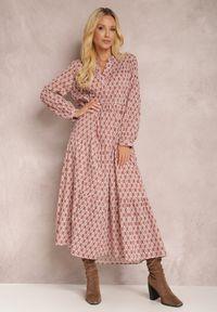 Renee - Łososiowa Sukienka Bolina. Kolor: różowy. Materiał: bawełna. Długość rękawa: długi rękaw. Wzór: gładki, aplikacja, geometria, nadruk. Typ sukienki: rozkloszowane. Długość: midi