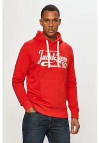 Czerwona bluza nierozpinana Jack & Jones z nadrukiem, casualowa