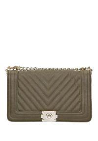 Casu - Oliwkowa torebka mała pikowana na łańcuszku casu af-8. Kolor: zielony. Materiał: pikowane