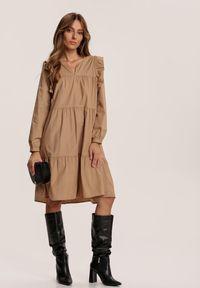Renee - Beżowa Sukienka Rosanhi. Kolor: beżowy. Typ sukienki: trapezowe. Długość: mini