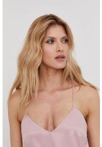 Różowa bluzka Answear Lab na urodziny, na ramiączkach