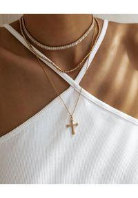 SELFIE JEWELLERY - Naszyjnik z krzyżem wysadzanym cyrkoniami. Materiał: złote, srebrne. Kolor: srebrny. Wzór: aplikacja. Kamień szlachetny: cyrkonia