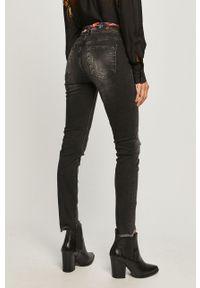 Szare jeansy Desigual