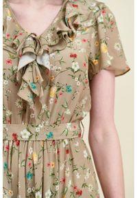 Marie Zélie - Sukienka Eulalia Anemone beżowa. Kolor: beżowy. Materiał: wiskoza. Długość rękawa: krótki rękaw. Długość: midi