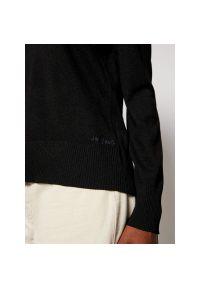 Czarny sweter Desigual
