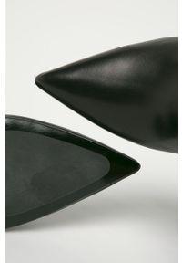 Czarne botki Karl Lagerfeld z cholewką, klasyczne