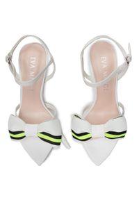 Białe sandały Eva Minge z aplikacjami, klasyczne