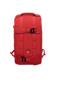 Czerwony plecak Douchebags street