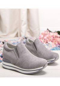 Szare buty sportowe FOREVERFOLIE trekkingowe, w kolorowe wzory, bez zapięcia