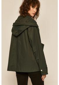 Zielony płaszcz medicine z kapturem