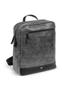 Czarny plecak DAAG w kolorowe wzory