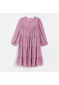 Różowa sukienka Reserved