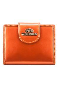 Wittchen - Damski portfel ze skóry lakierowany z ozdobną napą. Kolor: pomarańczowy. Materiał: lakier, skóra. Wzór: aplikacja