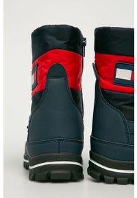 Niebieskie buty zimowe TOMMY HILFIGER na sznurówki, na zimę