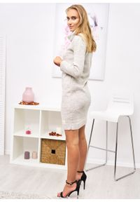 Czarny sweter Ligari Dresses z golfem, elegancki
