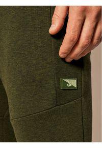 Jack & Jones - Jack&Jones Spodnie dresowe Will Air Sweat Noos 12184970 Zielony Regular Fit. Kolor: zielony. Materiał: dresówka #2