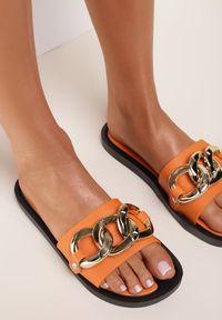 Renee - Pomarańczowe Klapki Andrielez. Kolor: pomarańczowy. Materiał: guma